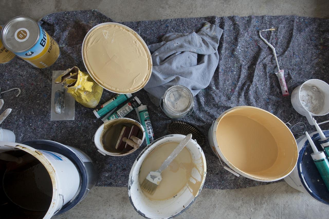 Latexfarbe Ist Zwar Meist Etwas Teurer, Dafür Aber Für Die Küche Besonders  Gut Geeignet.
