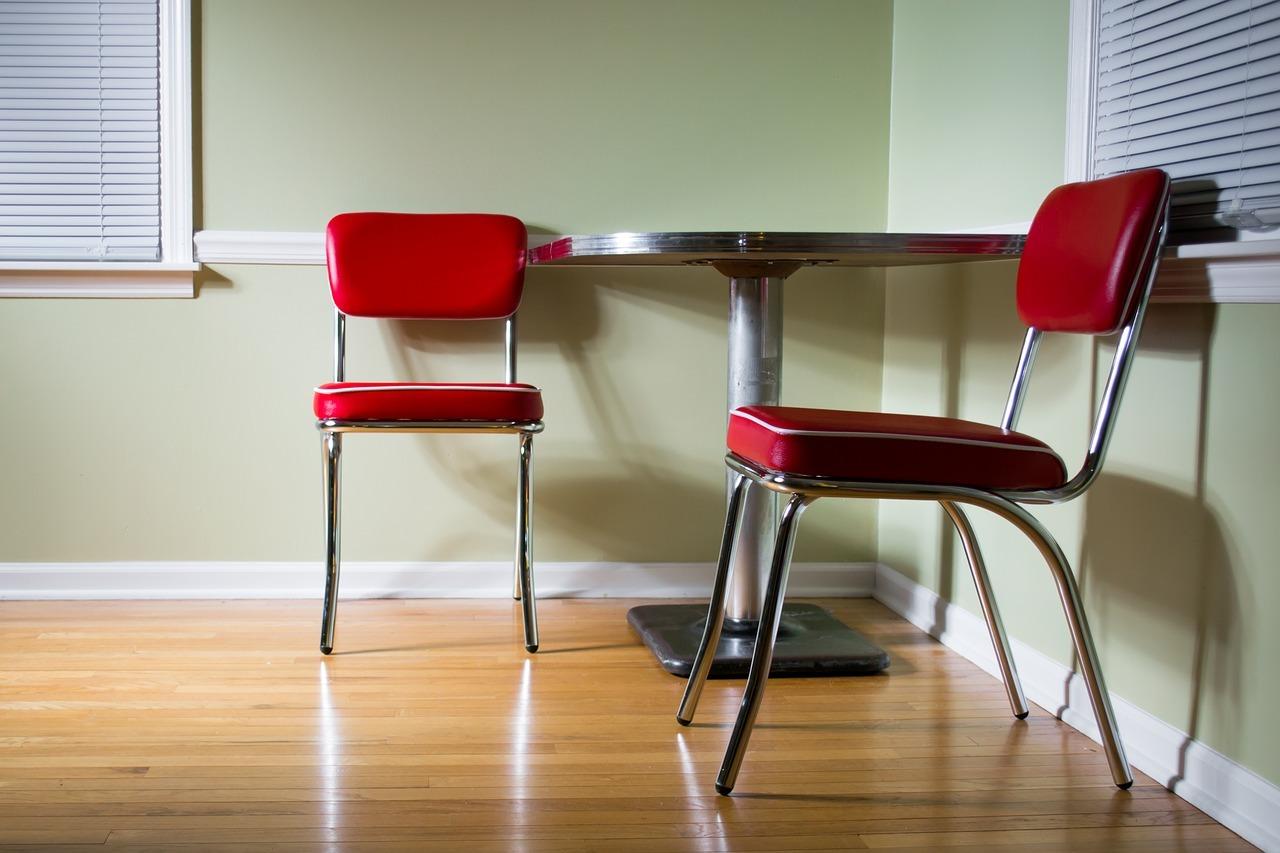 Linoleum kannst du grundsätzlich in allen Räumen verlegen.