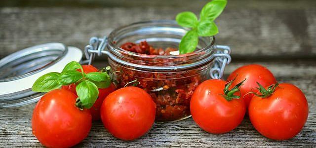 Pesto, Tomaten