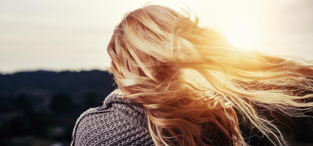 Haare schneller wachsen lassen: Tipps für langes Haar