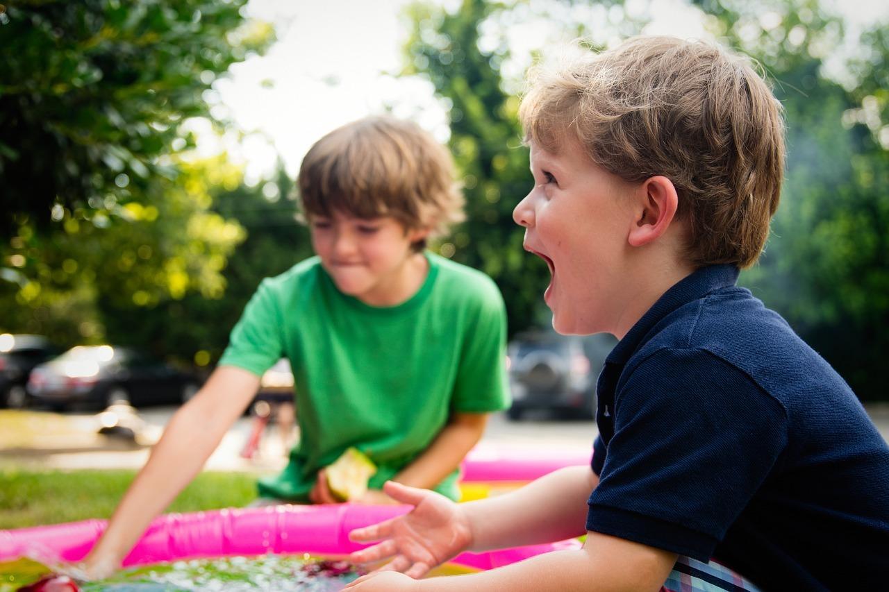 Spiele Zum Kindergeburtstag Ideen Fur Draussen Und Drinnen Utopia De