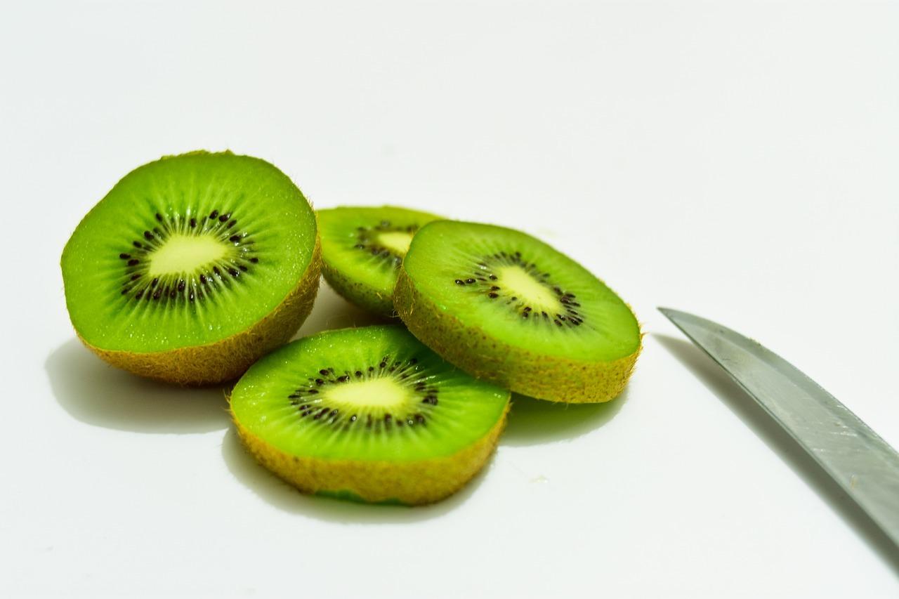 kiwi mit schale essen empfehlenswert aber nicht immer. Black Bedroom Furniture Sets. Home Design Ideas