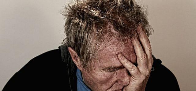 Ohrensausen kann enorm schmerzhaft sein.