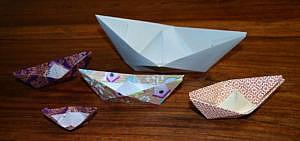 Papierboote falten – eine Bastelanleitung