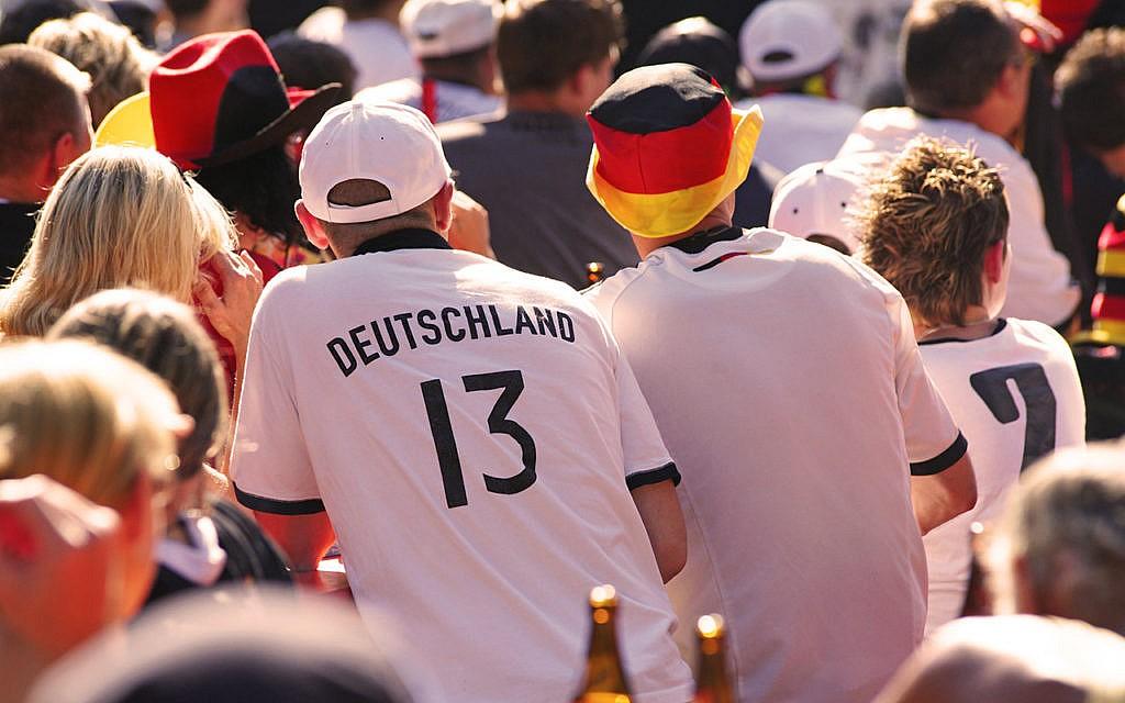 Public Viewing bei der Fussball-WM: gemeinsam mehr erleben