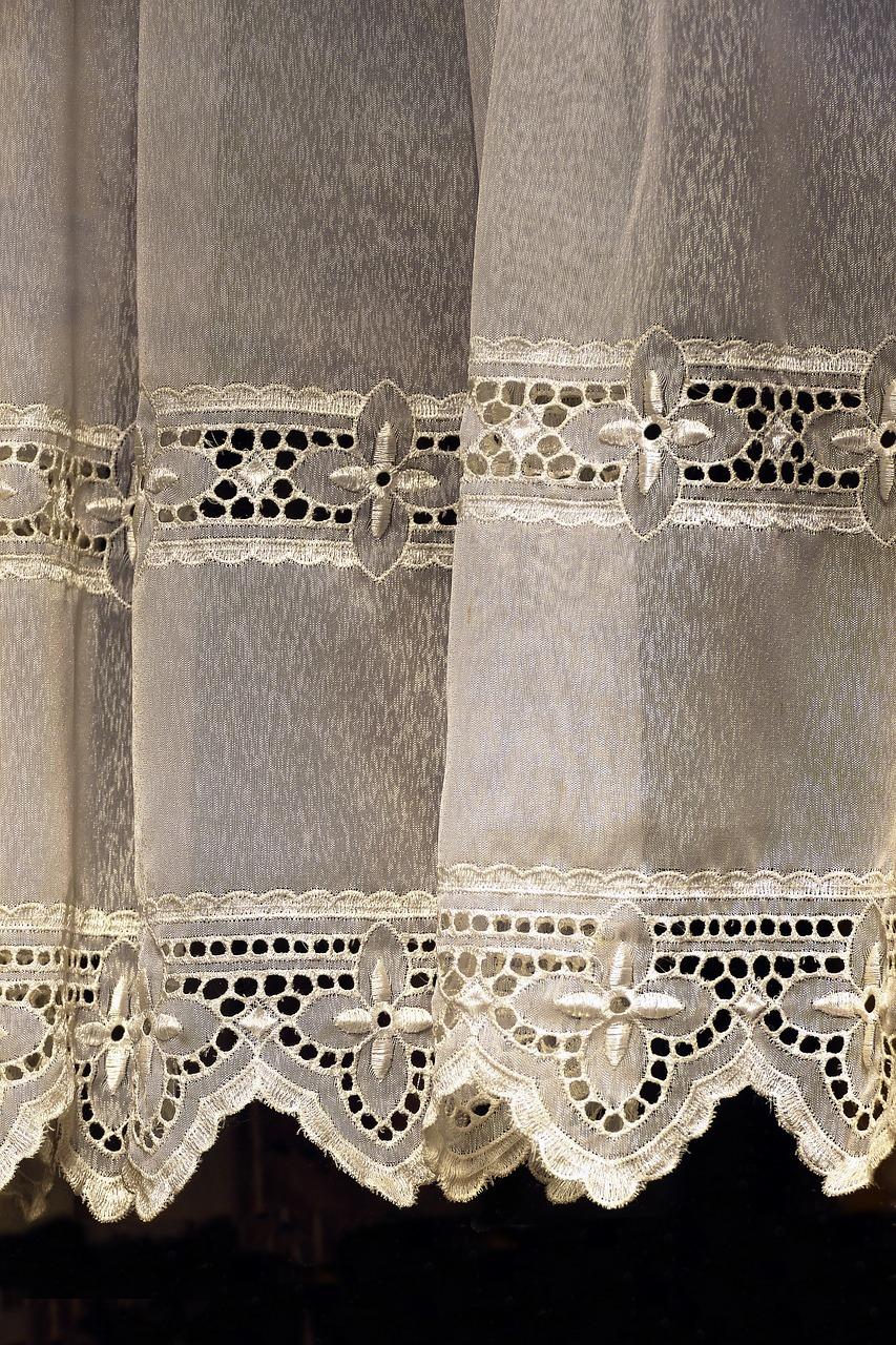 gardinen waschen anleitung und tipps. Black Bedroom Furniture Sets. Home Design Ideas