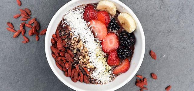 Smoothie Bowl selber machen: Mit wenigen Zutaten zum gesunden Frühstück