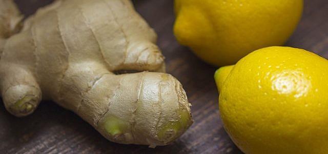 Gurken- und Zitronen-Ingwer-Wasser zur Gewichtsreduktion