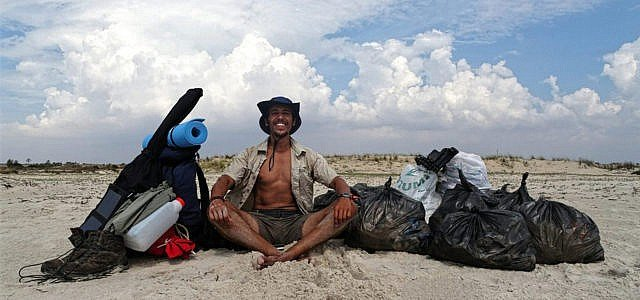 meeresverschutzung plastik mann läuft 3000 kilometer Mohamed Oussama Houij