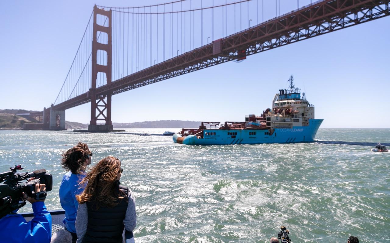 The Ocean Cleanup ist gestartet: Das sind die neuesten Bilder