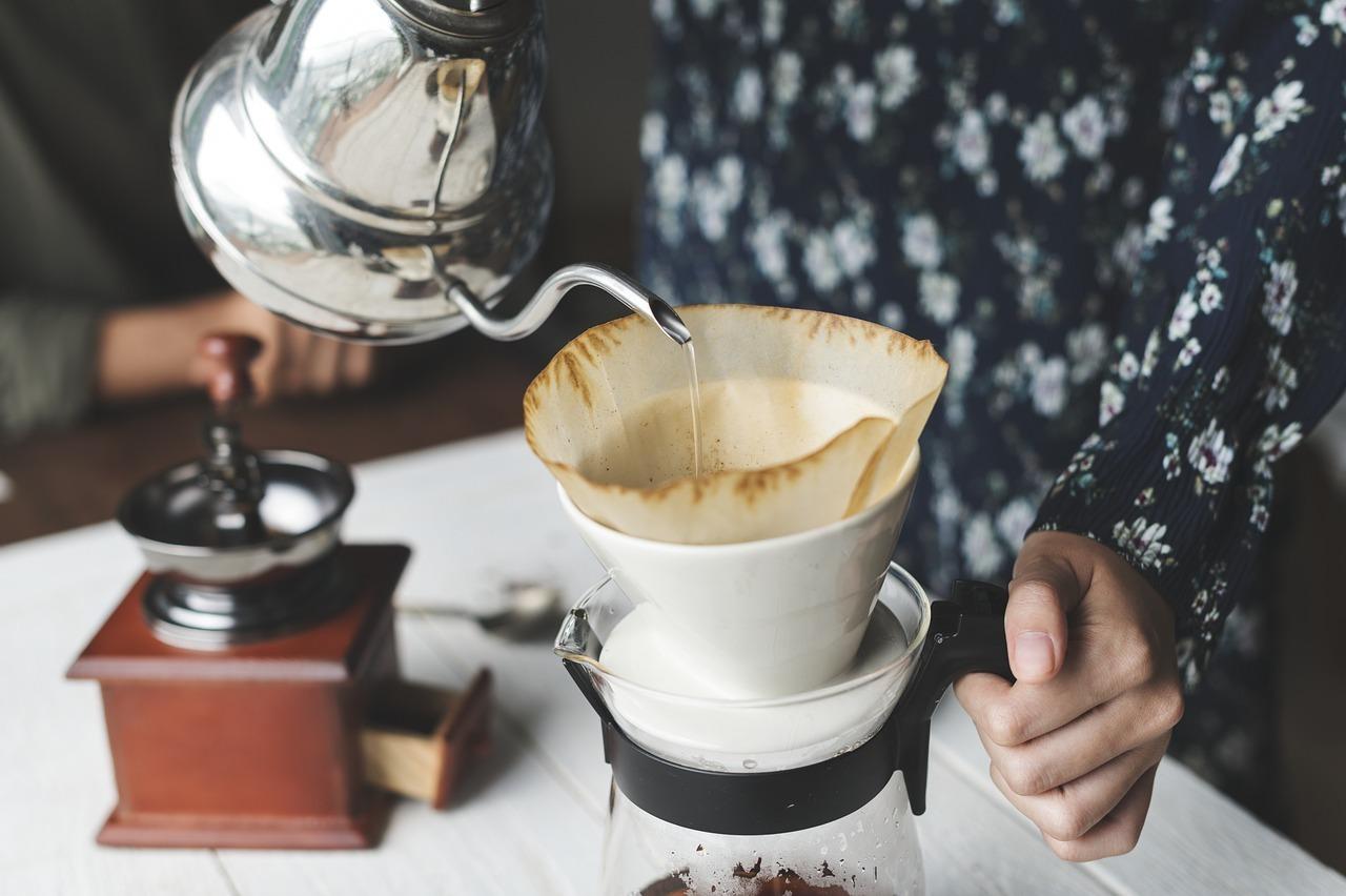 handkaffeem hle mit diesen tipps kaufst du die richtige. Black Bedroom Furniture Sets. Home Design Ideas