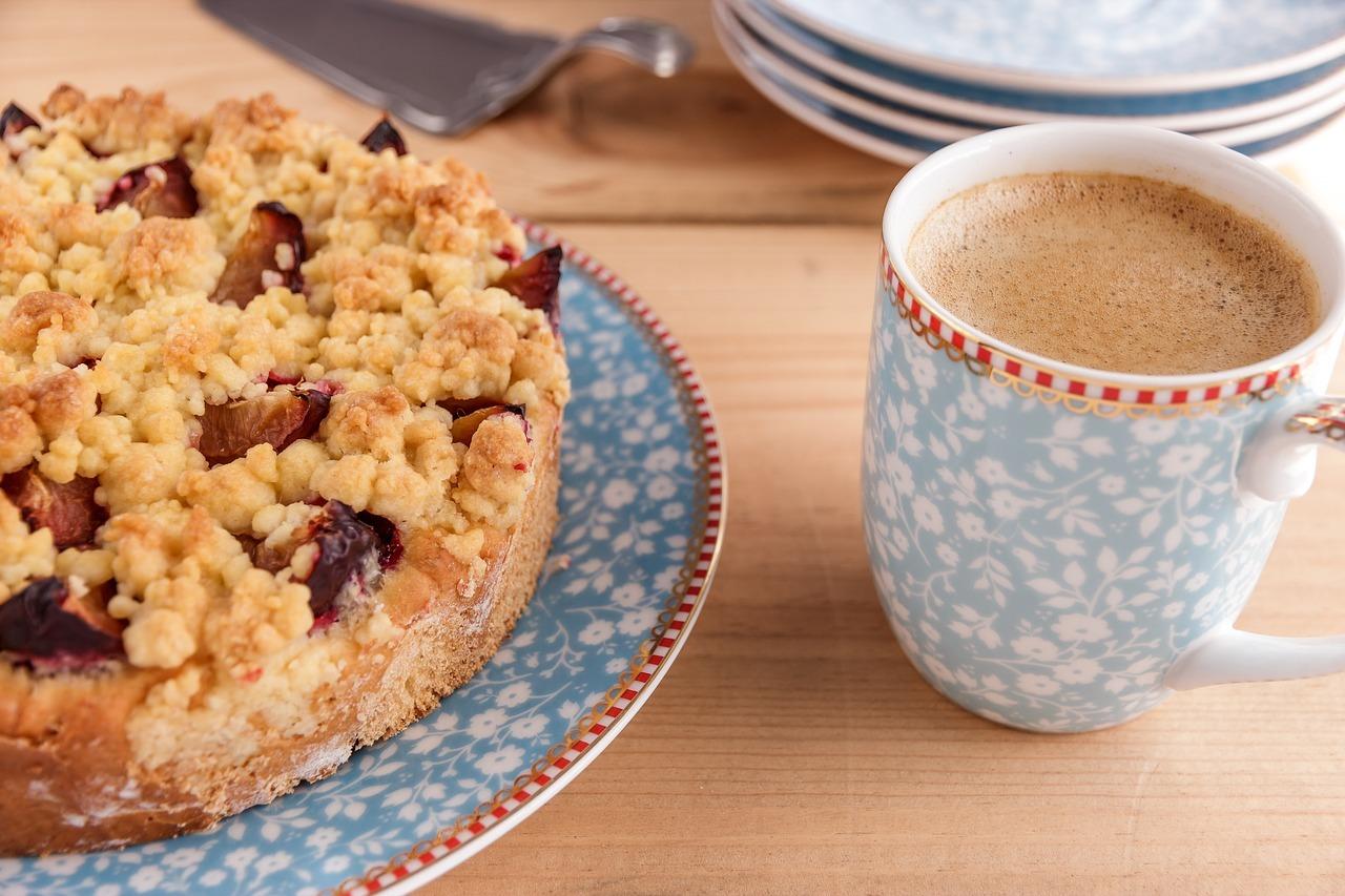 Für süße Gelüste zur Kaffeezeit gibt es in verschiedenen Leipziger Cafés einige vegane Optionen.