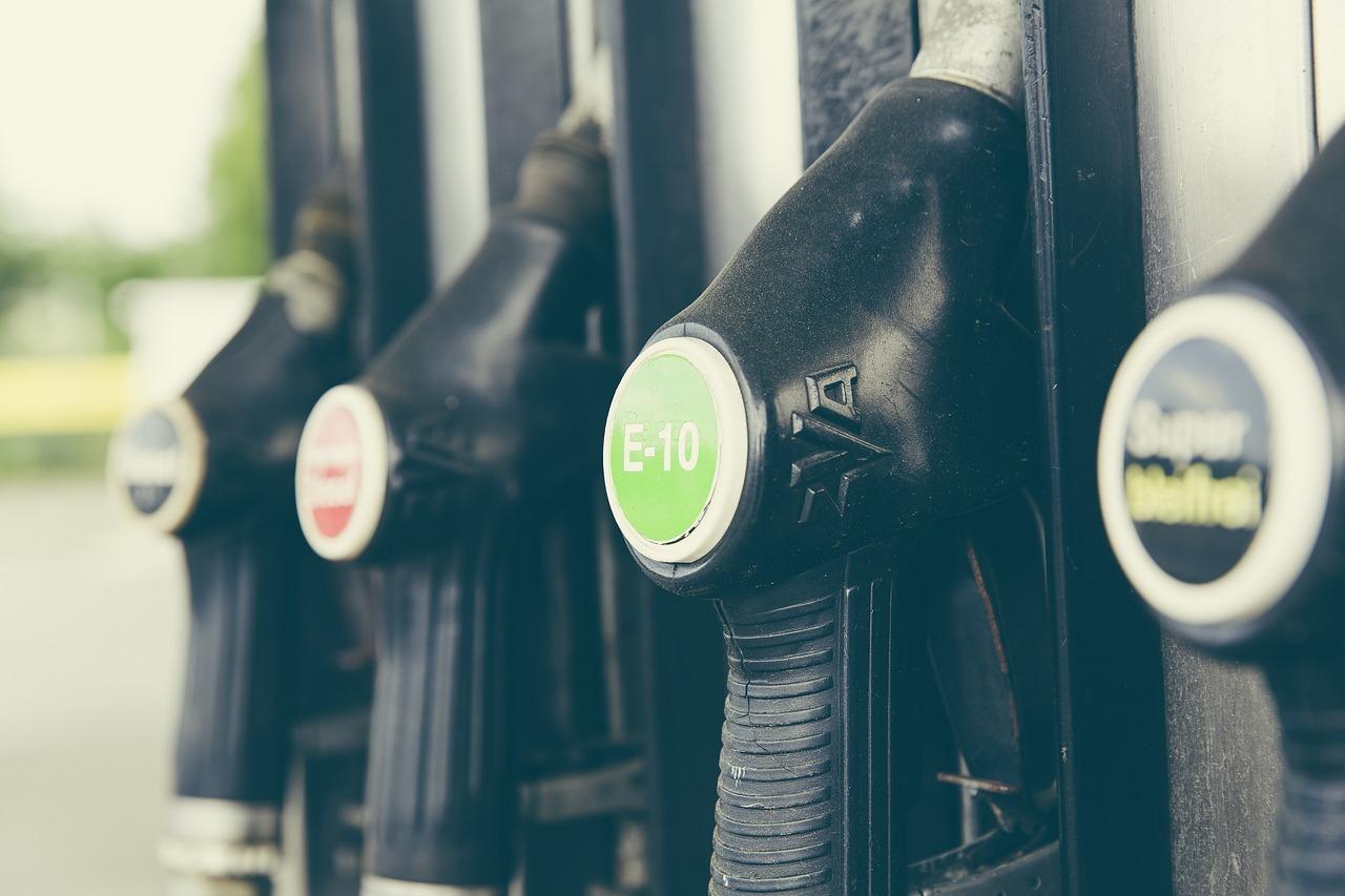Benzin und Diesel unterscheiden sich in ihrer Schadstoffbilanz