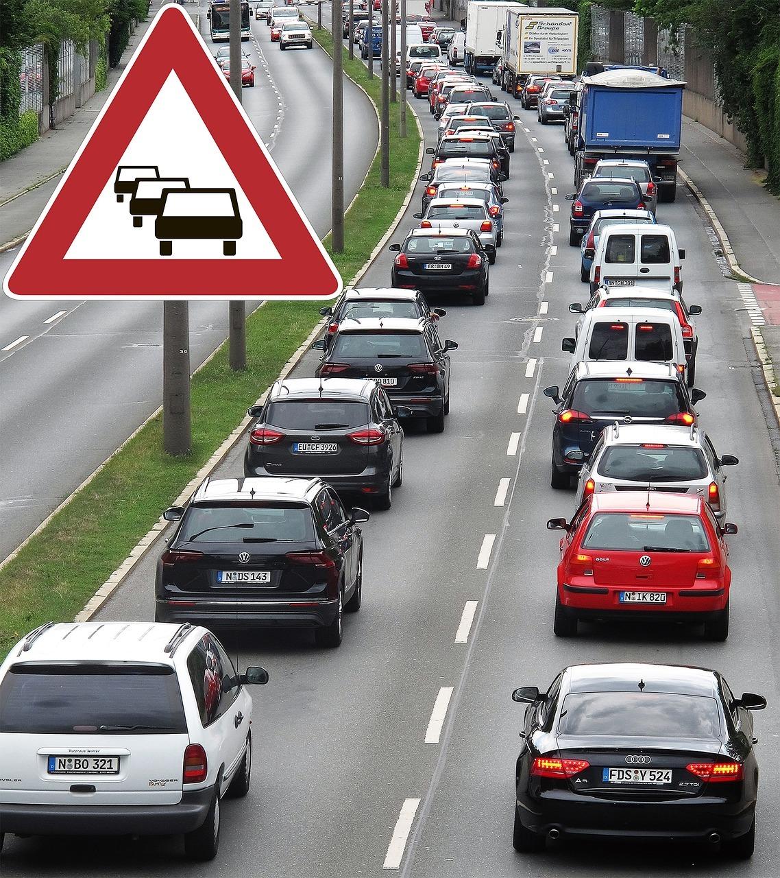 Straßenverkehr verursacht eine hohe Feinstaubbelastungen in Städten