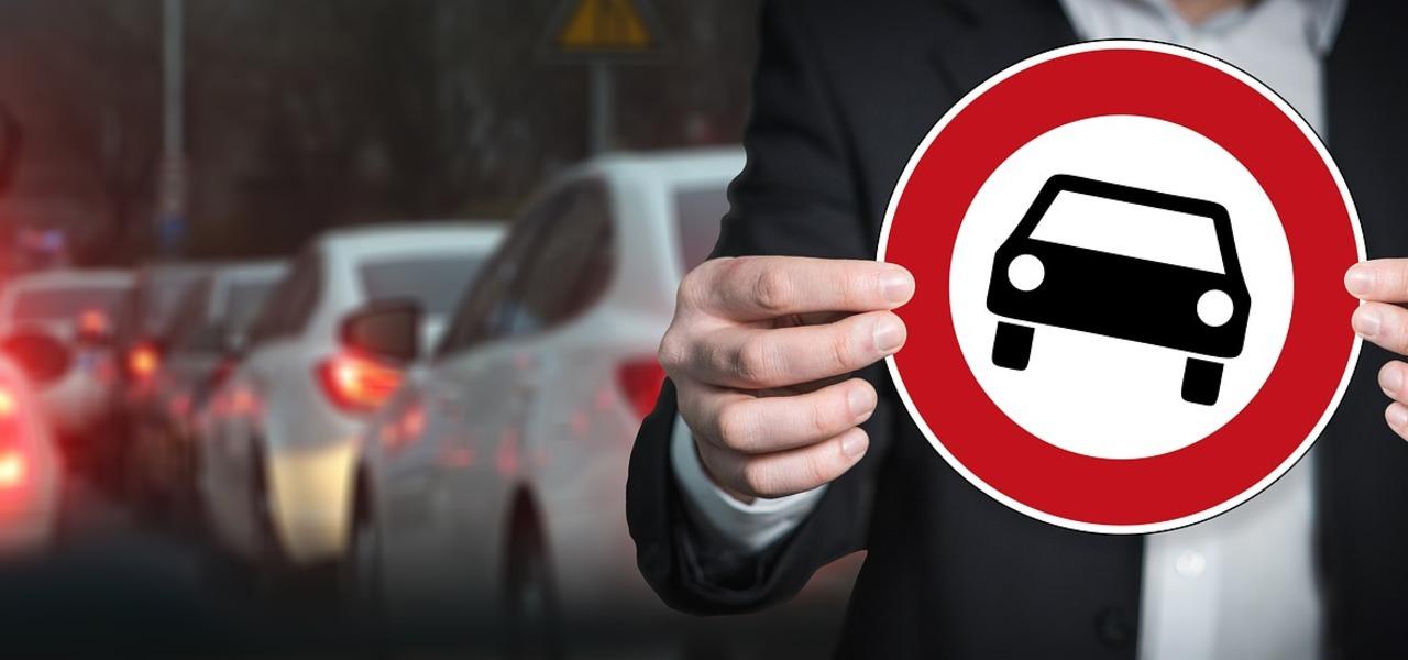 welche kraftfahrzeuge dürfen ohne feinstaubplakette in eine umweltzone einfahren