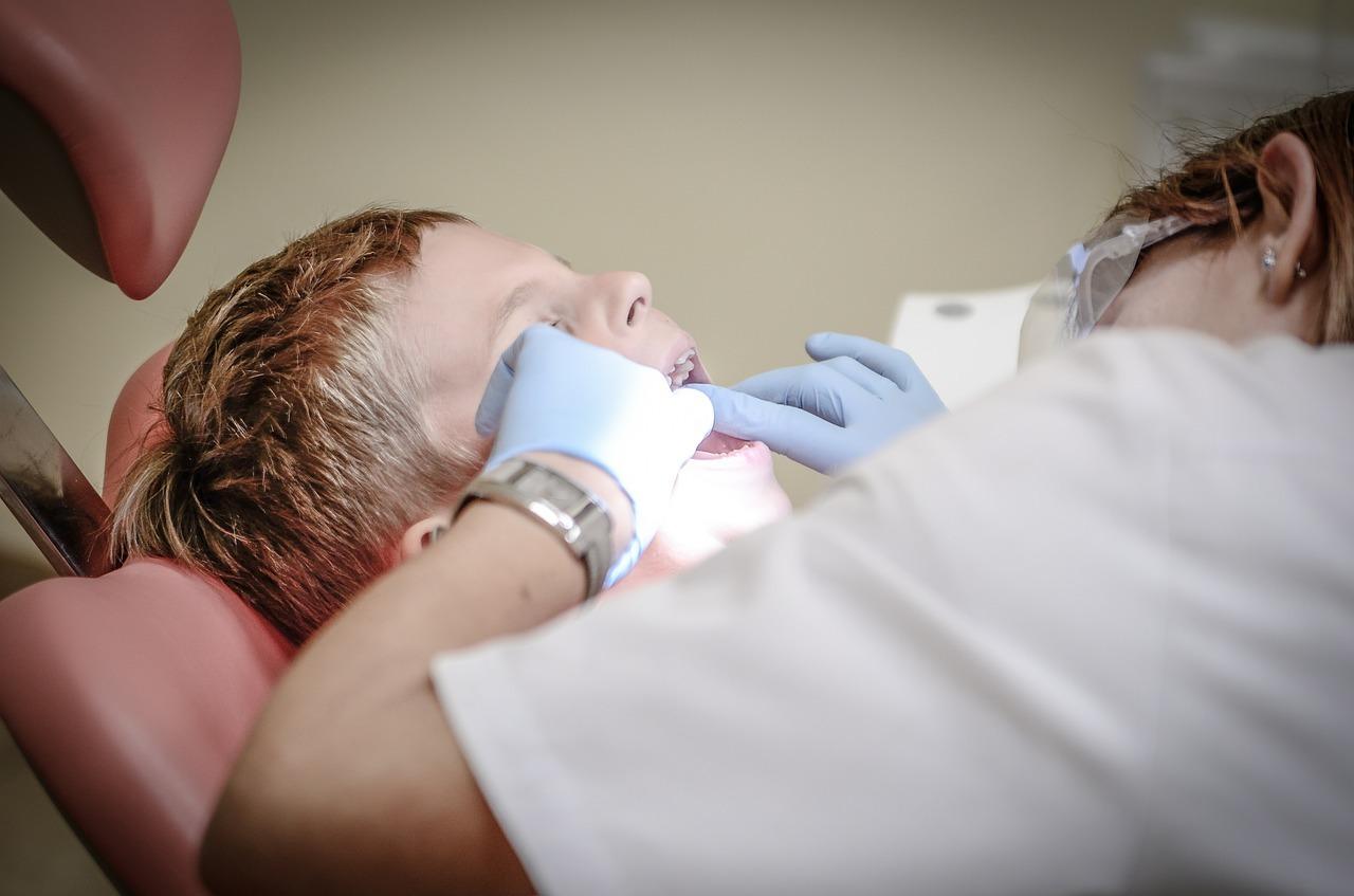 Kein Aspirin für Kinder und vor Operationen - auch nicht vor Zahnoperationen.
