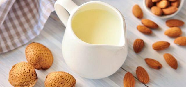 Mandelmilch Mandeldrink Mandeln Milch Milchersatz
