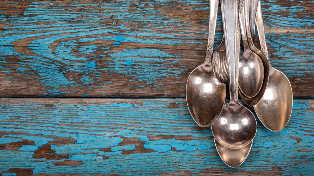 Favorit Silber reinigen: Besteck und Schmuck mit Hausmitteln putzen AL12