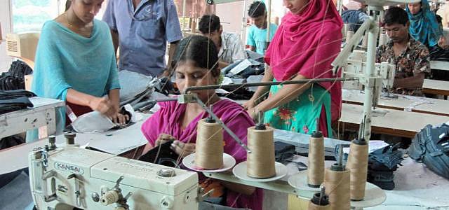 Grüner Knopf staatliches Textilsiegel für nachhaltige Kleidung