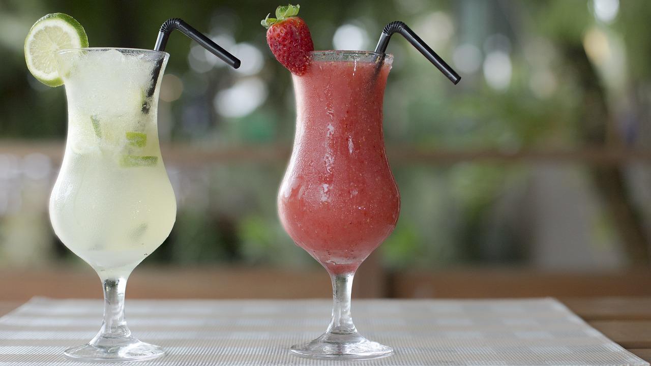 Alkoholfreie Cocktails: Leckere Rezepte mit und ohne Sahne