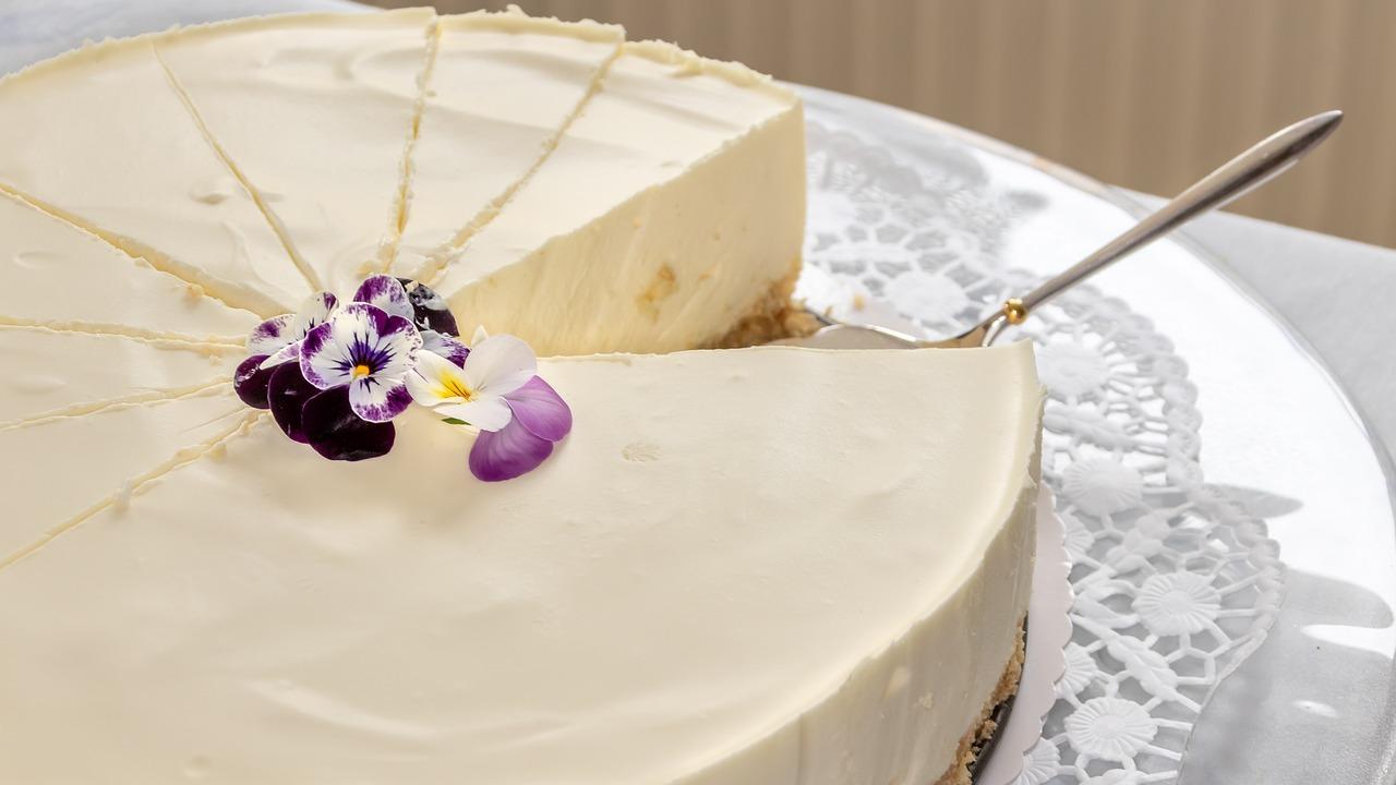 Philadelphia-Torte ohne Backen: Schnelles Kühlschrank-Rezept
