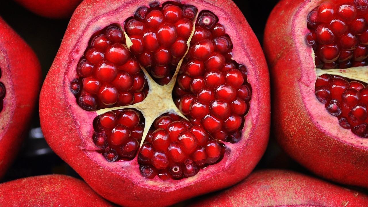 Granatapfelsirup: Einfaches Rezept zum Selbermachen