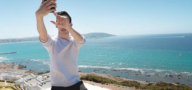 Instagram Influencer Selfie