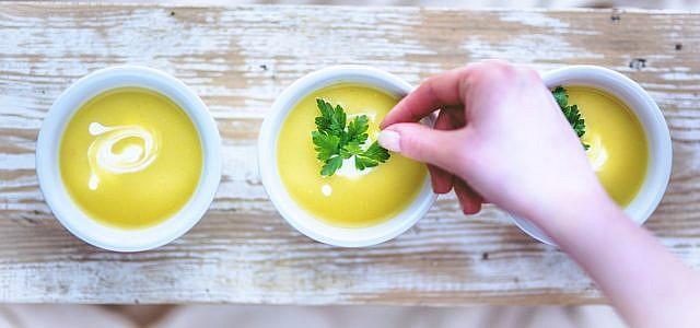 Kartoffel-Lauch-Suppe: Rezept und vegane Variante