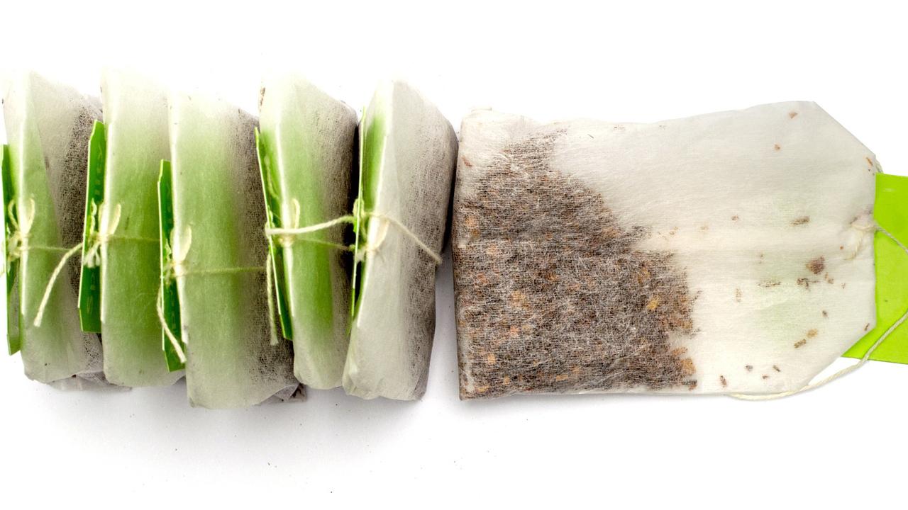 Neue Studie: Aus Teebeuteln gelangen große Mengen Mikroplastik in den Tee