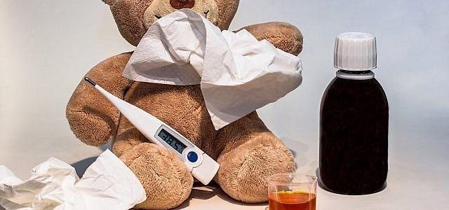 Kind Krank Hustensaft erkältet Husten
