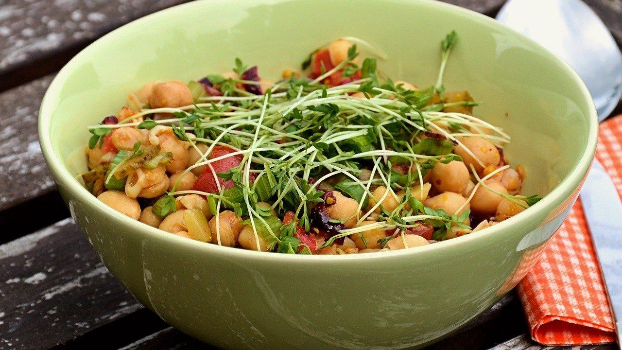 Kichererbsen-Salat: Ein veganes Rezept