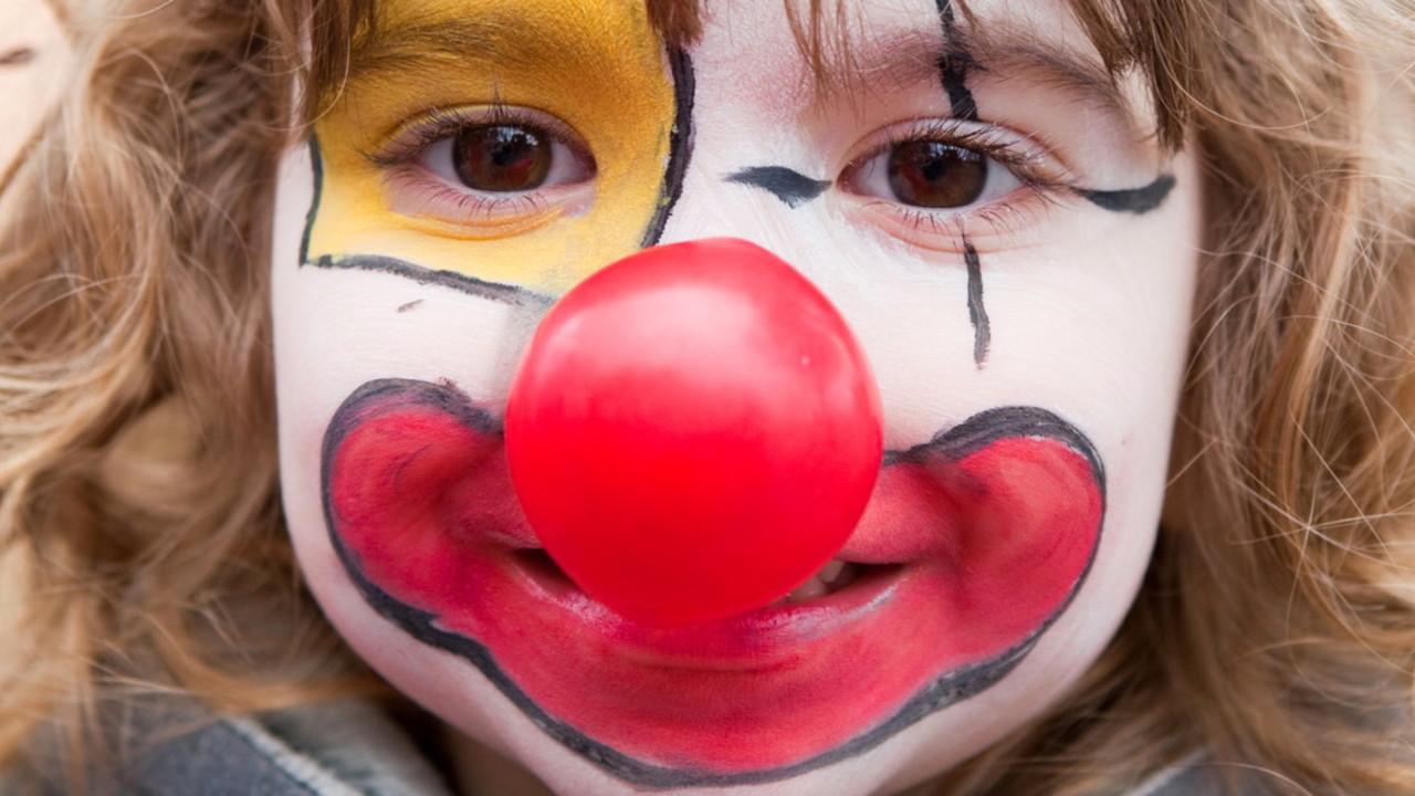 Halloween Schminke Dm.Kinderschminke Selber Machen Rezept Zu Fasching Utopia De
