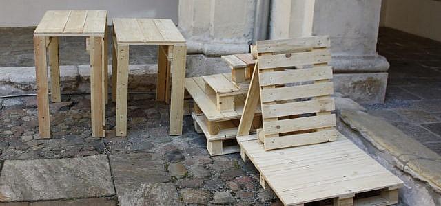 Palettenmöbel bauen