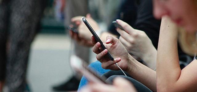 Medienkompetenz: So hast du dein Handy im Griff und nicht dein Handy dich