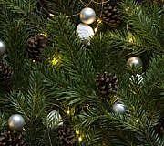 Beleuchtung für den Weihnachtsbaum