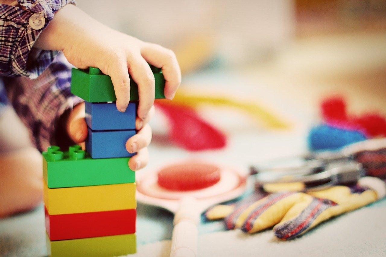 spielzeugspenden kannst du unter anderem in sozial cc0 pixabay feeloona 201214 download