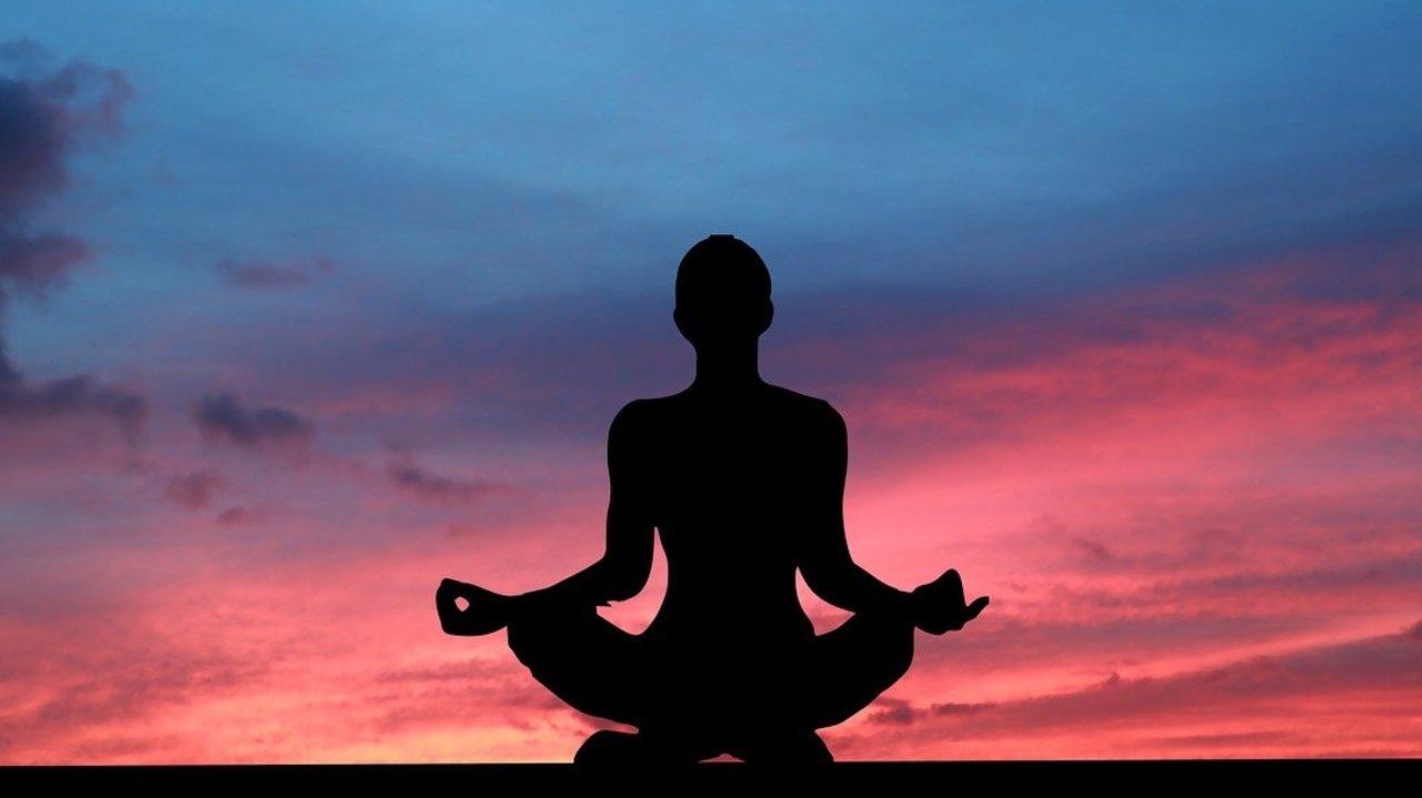 Chakra-Meditation-So-ffnest-du-deine-Chakren