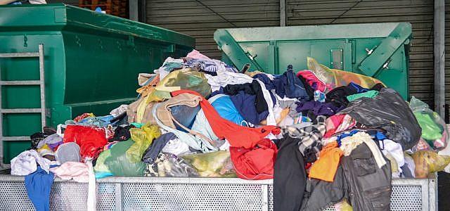 Kleidung, vernichtet, Corona, Greenpeace