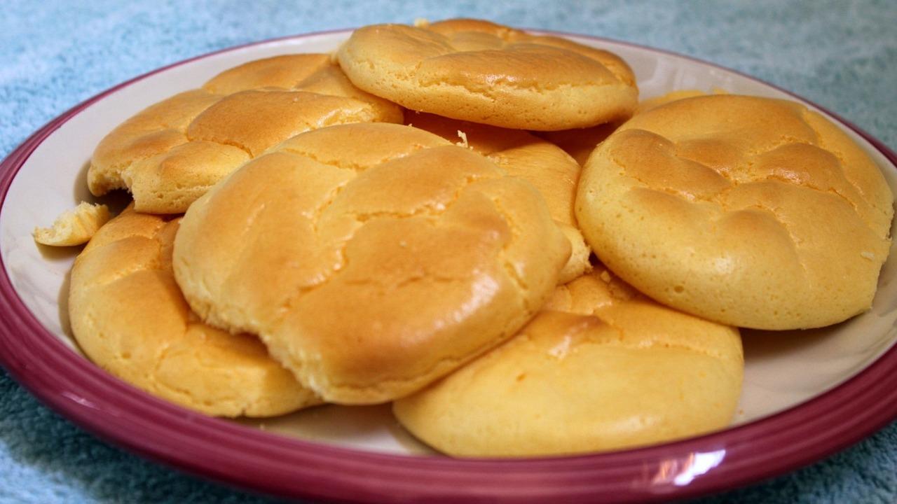 Wolkenbrot: Luftiges Brot mit nur 4 Zutaten