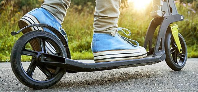 Versicherungen für E-Scooter, Pedelec, E-Bikes, E-Roller
