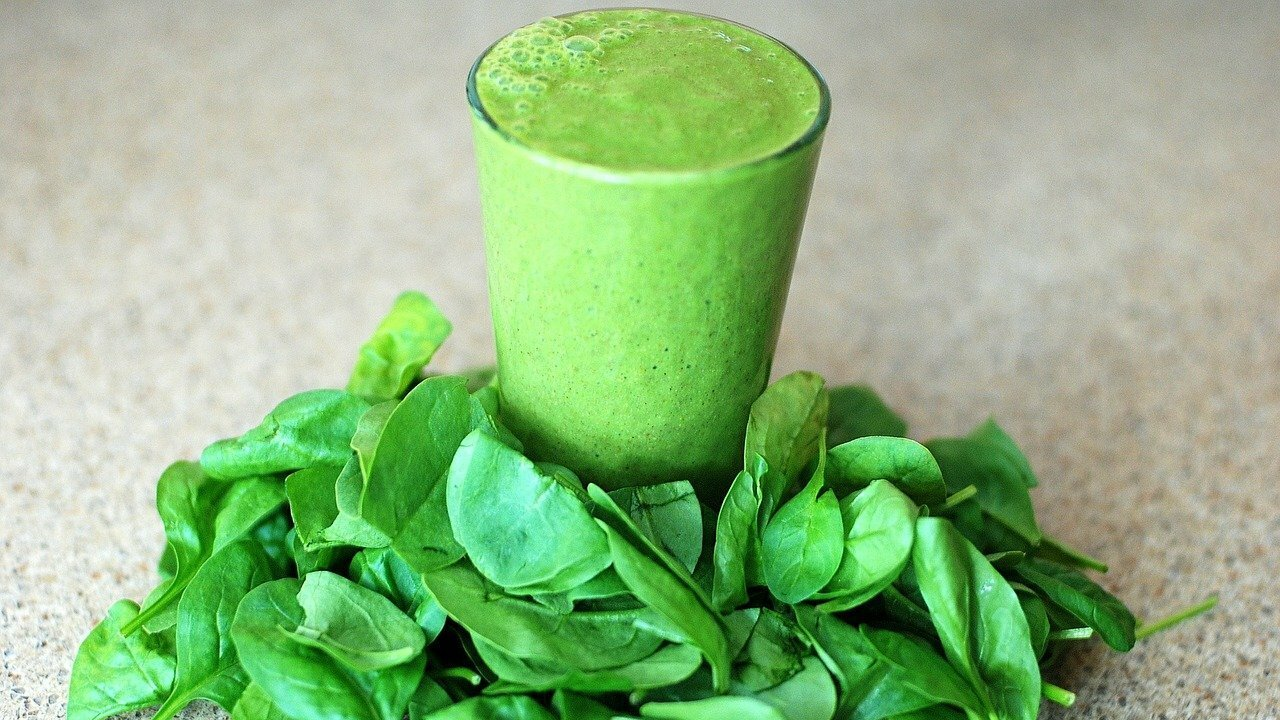 salat-smoothie-mit-feldsalat-rezept-f-r-den-gr-nen-drink
