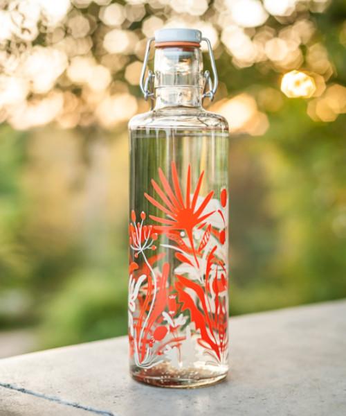 soulbottles nachhaltige Trinkflasche mit Wildblumen-Muster
