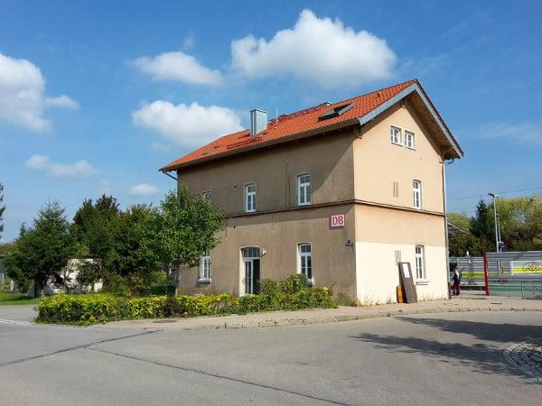 buch7 nachhaltig Bücher Shop Projekt Bahnhof