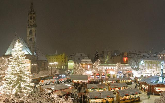 TREEDAY Weihnachtsmarkt Weihnachten nachhaltig Wochenende Wien gewinnen Bozen